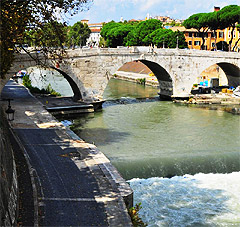 A new bridge over the Tiber in Rome